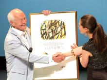 Guus Kuijer recieves the Astrid Lindgren Memorial Award