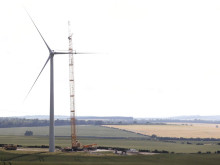 Time lapse video of a wind farm construction in the UK