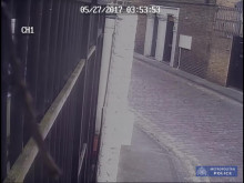 CCTV of two suspects police want to identify - Mohanna Abdhou murder.
