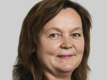 Liisa E Hundertmark