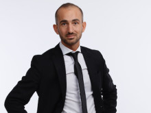 Daryoush Delfi
