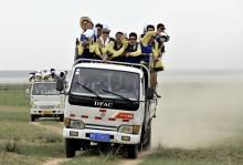 Hyundai stopper ørkenspredning i Mongolia
