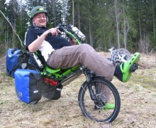 Kenneth cyklar för Barnfonden