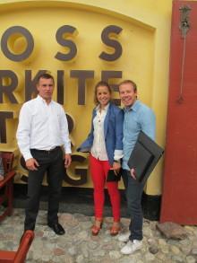 Ross presenterar månadens projekt för Anna & Emil