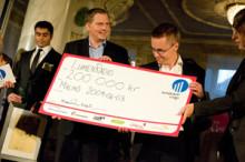 Idag, 7:e juni, besöker delar av regeringen LumenRadio, vinnaren av Venture Cup 2009
