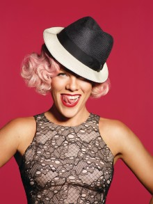 "P!NK - tillbaka med nya albumet ""The Truth About Love"""