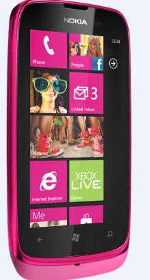Förhandsboka Nokia Lumia 610 hos 3