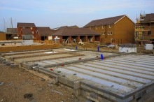 New work sees construction output rise again