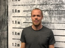 Från fotbollsproffs till fängelsedirektör!