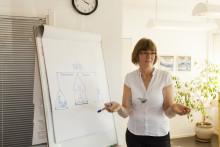 Vad är viktigast i personlig assistans? Bolagsform, vinstuttag eller kvalitet i individens personliga assistans.