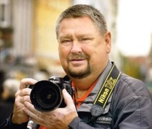 Erling J - cykelsportens fotograf - er død