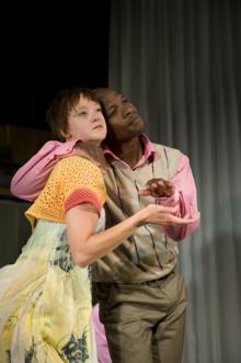 Rut och Ragnar gästar Skånes Dansteater - teater och dans om en skilsmässa