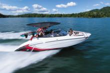 スポーツボート2018年モデル を発売 ウェイクシリーズの装備がさらに充実