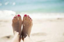 Tre sänker priset på utlandssurf inför sommarsemestern