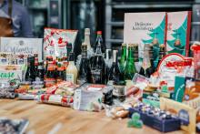 Svenskarnas julbord 2018: Klassikerna dominerar, vegansk julmat populär bland yngre och fortfarande få som beställer julmaten via matkasse
