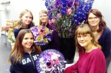 Praktiskas floristelever får Idol-finalen att blomstra