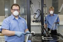 Coronaviruset: Volkswagen producerar ansiktsskydd med 3D-skrivare
