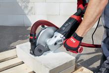 FLEX introducerar en utsugskåpa – Snabb att montera samt ger förbättrad arbetsmiljö