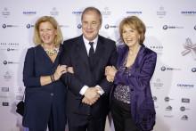 Emotionale Gala: Felix Burda Award würdigt Projekte und herausragende Persönlichkeiten für Engagement gegen Darmkrebs.