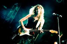 Världsberömda bluesartisten Ana Popovic gästar Östersjöfestivalen 2015