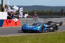 Volkswagen ID.R slog nytt varvrekord för elbilar på Nürburgring