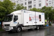 Farligt-avfall-bilen på väg till Gårdsten