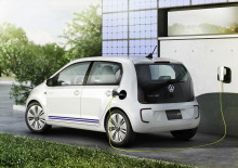 Volkswagen twin-up! plug-in hybrid concept makes Tokyo debut