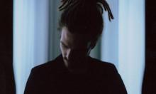 Dans dig varm til FKJs elektroniske soul-soundtrack