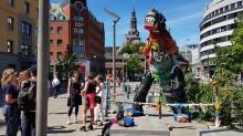 Meet Plastozilla – Oslo's new (temporary) attraction