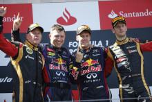 Vettel vinner sin hemmatävling efter en spännande avslutning på racet med många olika strategier