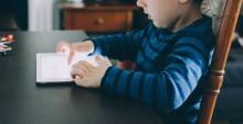 Hjelp, sønnen min vil bare sitte med iPaden!