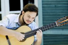 Brasiliansk gitarrstjärna till Kungsbacka Teater