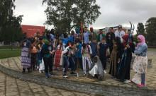 Aldrig stått på skidor – klass 6 på Centrumskolan i Växjö coachas till Ungdomsvasan 2018