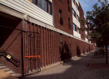 Nu bygger vi om Squashhall till 19 st små lägenheter