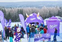 Strefa Kibica Milka na stoku w Zieleńcu  – baw się z fioletową krową i bądź Sercem z Naszymi Skoczkami!