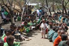 O'Learys bidrar med 250.000 skolmåltider till Svenska FN-förbundet.