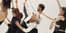 Tränad möter otränad, vuxen möter barn i festivalen Dance & People