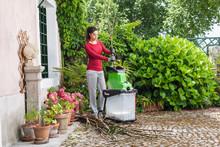 Ta tillvara på flisen när kompostkvarnen gjort sitt