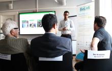 Vindkraftverk av trä och metod för att återvinna fiberplattor vinnare i BioLinX