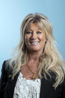 Trygghetschefen Marita Bertilsson från Norrtälje kommun mottagare av Stiftelsen Tryggare Sveriges brottsförebyggande pris