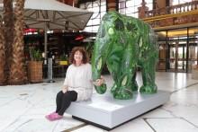Creating a joyful elephant with a special sparkle