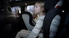 Volvo Cars kompletterar säkerhet med komfort och smarta lösningar i ny generation bilbarnstolar