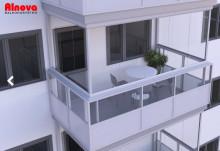 Glasa in din balkong? Alnovas experter svarar på våra vanligaste frågor.