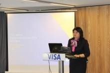 Българите похарчиха при търговци над 1,7 млрд. евро с карти Visa през 2015 г.