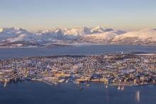 Abends Fjorde, morgens Eismeer: Widerøe verknüpft Deutschland mit Fjord- und Nordnorwegen