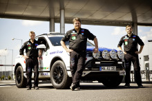 Team Zietlow goes for third World Record Drive in Volkswagen Touareg