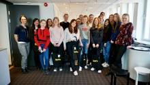 Unga tjejer bygger stad hos Iterio – vill inspirera fler att välja ingenjörsyrket