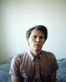 Jakob Hellman ger ett antal intima konserter