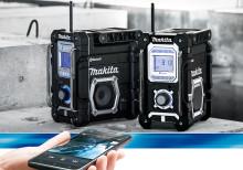 Makitas nya radio är utrustad med Bluetooth och USB‐laddning