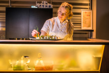 Frida Ronge från restaurang vRÅ tar skandinaviska råvaror och japanska smaker till New York